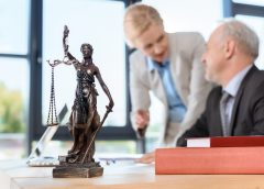 Hiring A Toronto Criminal Defense Lawyer Is Helpful?